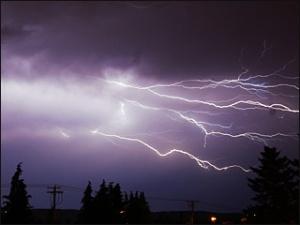 080630_lightning_1a